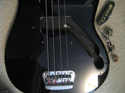 squire bronco bass what s inside squier talk forum rh squier talk com 71 Ford Bronco Wiring Schematic Early Bronco Ignition Switch Wiring