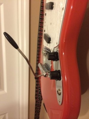 Please explain this Mustang tremolo arm | Squier-Talk Forum