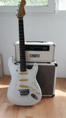 Ideas for small amp with good clean headroom | Page 2 | Squier-Talk